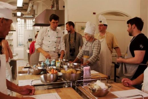 Corso cucina bologna una persona voucher immediato e gratuito