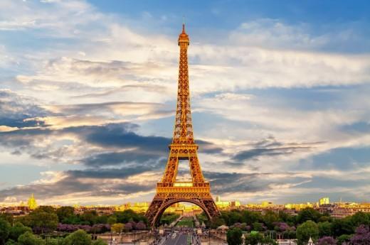 Ingresso a Disneyland Paris e soggiorno di 1 notte